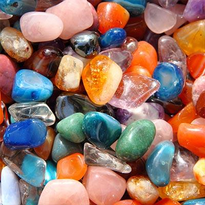 La relation d'aide par les minéraux